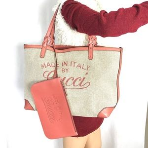 💕LARGE 💕GUCCI TOTE WITH ZIPPER POUCH